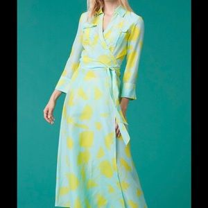 DVF Wrap Cover-up In Cardan Large Pool